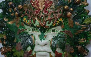marion-green-lady-sculpture