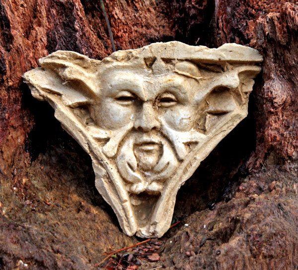 ancient-green-man-sculpture