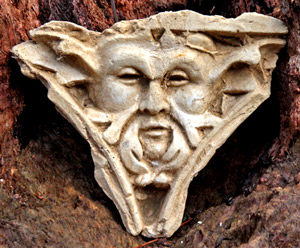 ancient-green-man-wall-plaque