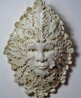 anwen-green-lady-sculpture