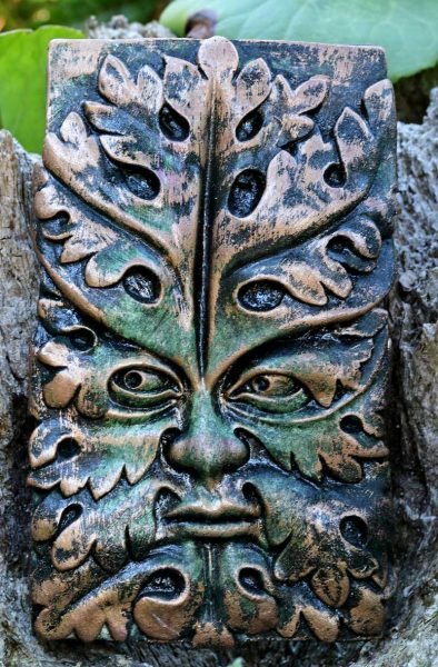 bamberg-green-man-sculpture
