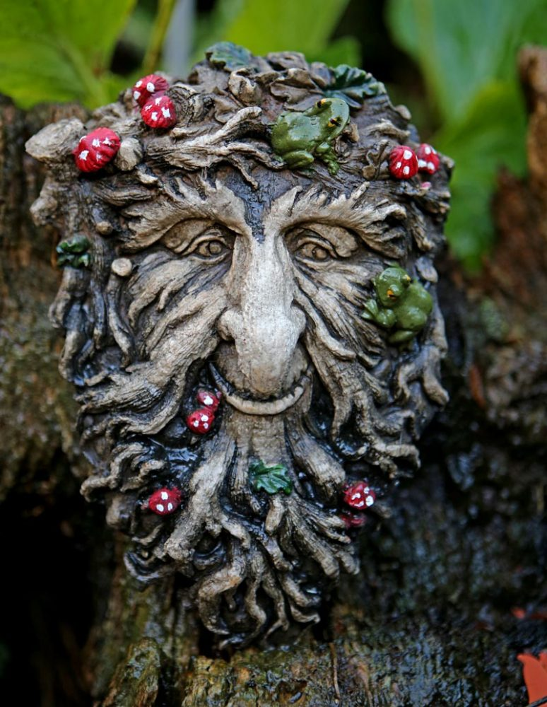 brachedn-green-man-sculpture