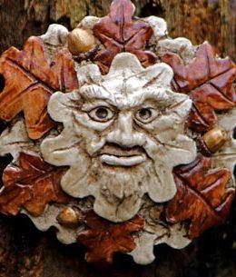 green-man-carving-little-oak