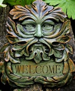 green-man-welcome-sculpture