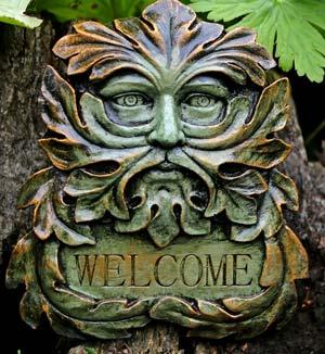 green-man-welcome-sculpture
