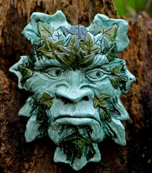 ivy-green-man-plaque