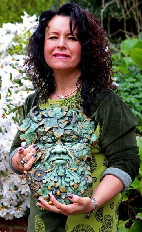 kathleen-minton-with-herne-sculpture