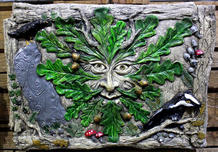 llanbedr-green-man-sculpture