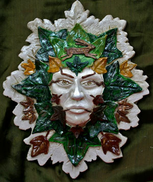 ostara-green-ladysculpture
