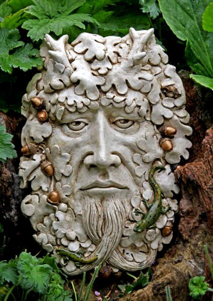 puck-green-man-sculpture