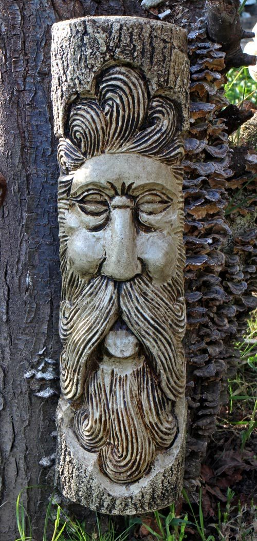 roison-green-man-sculpture