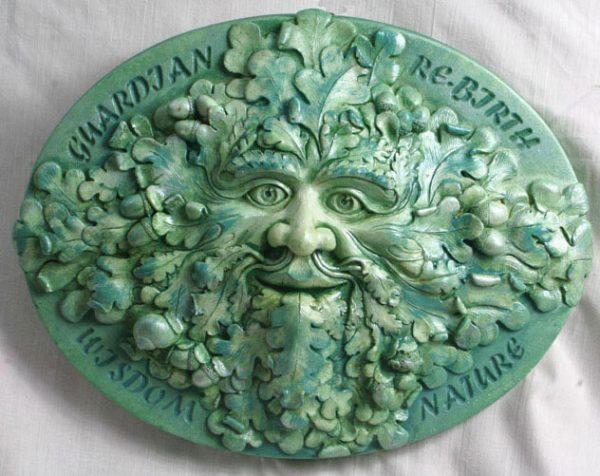 talieson-green-man-sculpture-moss