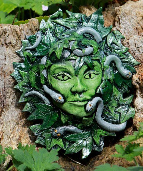 vipera-green-lady-sculpture