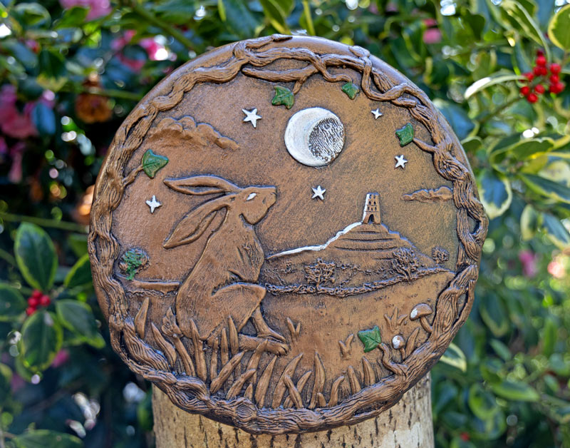 avalon-hare-wall-plaque