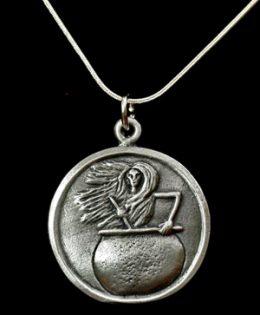 baba-yaba-necklace
