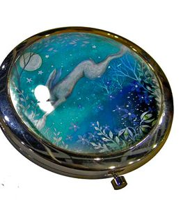 leaping-hare-compact-mirror