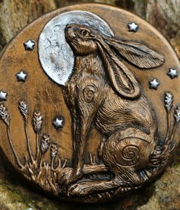 moon-lit-hare-sculpture