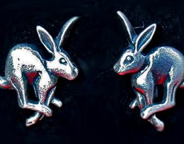 running-hare-earrings-jewellery