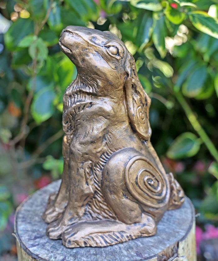 sirius-hare-sculpture