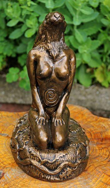 transition-hare-sculpture