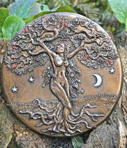 tree-goddess-sculpture