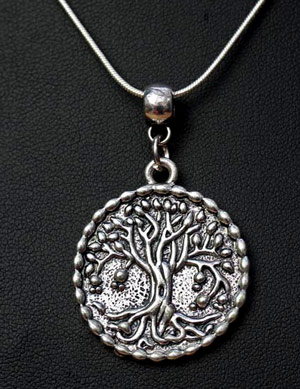 wisdom-tree-necklace