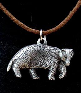 badger-necklace