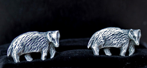 badger-cufflinks