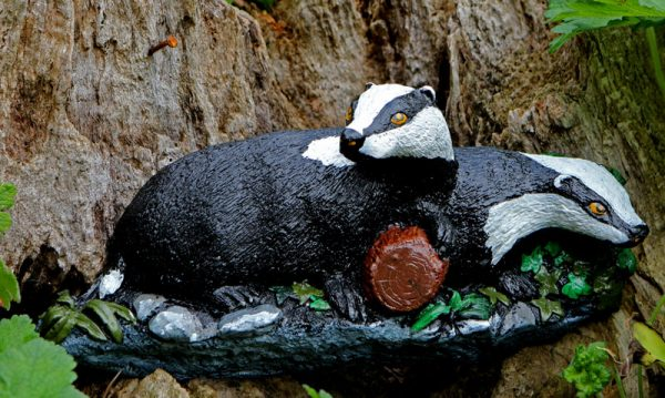 badgers-in-a-glade-sculpture