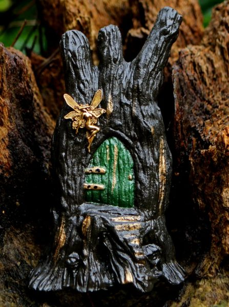 fairy-door-green-colour