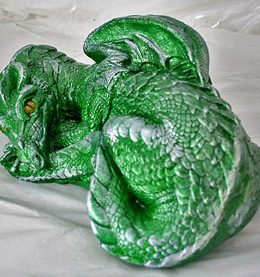 irish-dragon-sculpture