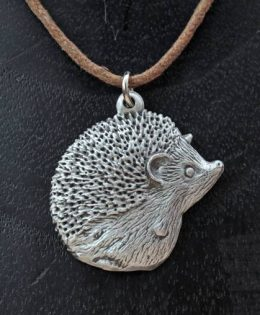 hedgehog-pendant