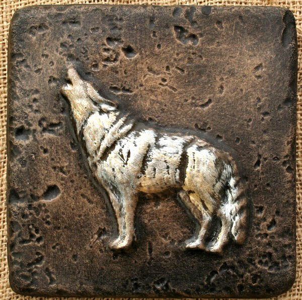 howling-wolf-plaque