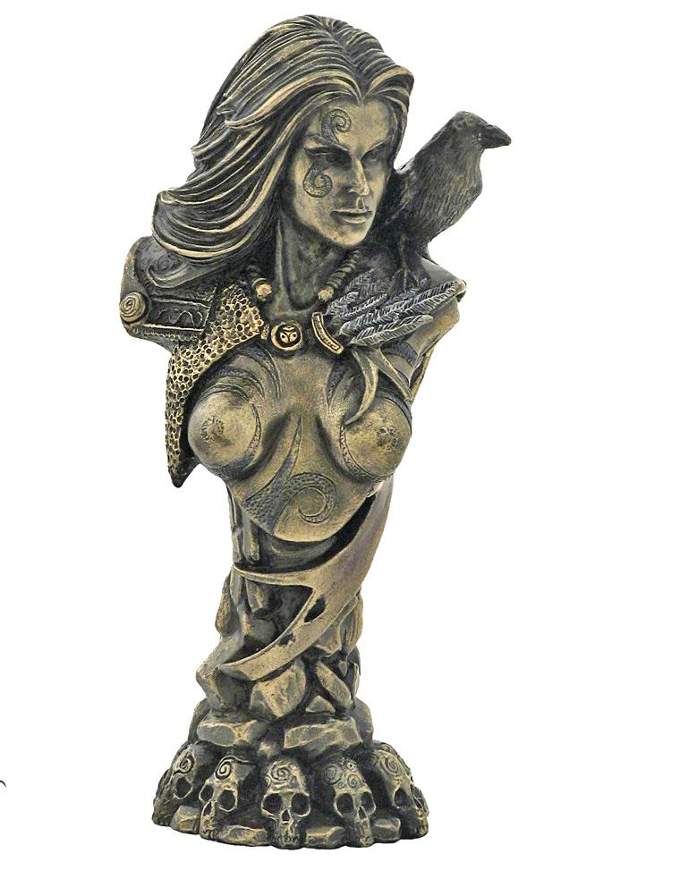 morrigan-sculpture