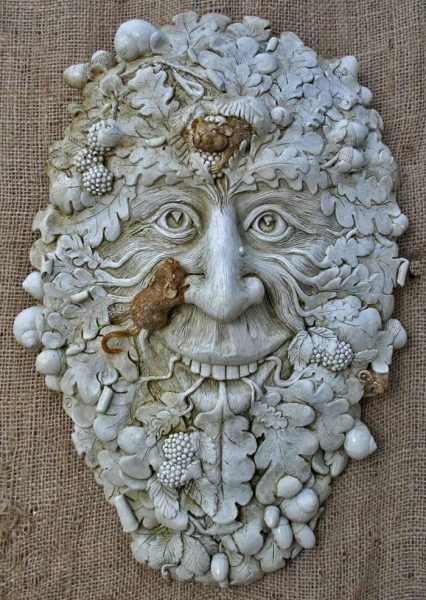 muin-green-man-marble-finish
