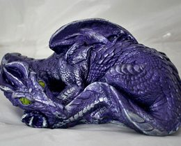 nessia-scottish-dragon-sculpture