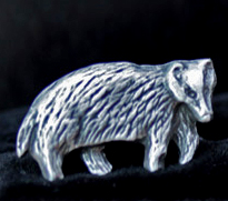 pewter-badger-cufflinks