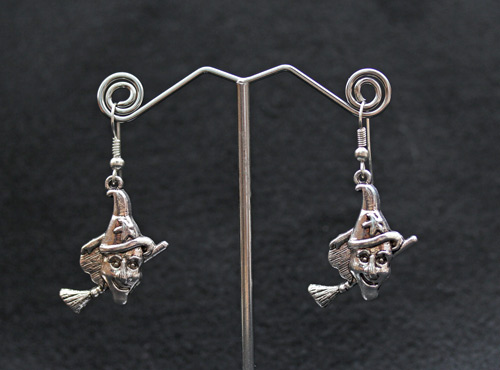 witch-earrings