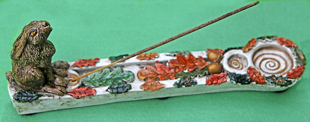 moon-gazing-hare-incense-holder-by-kathleen-minton