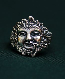 green-lady-silver-ring