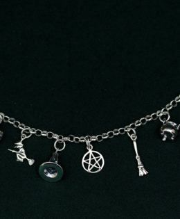 witches-charm-bracelet
