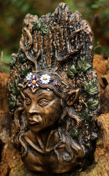lady-wild-wood-plaque