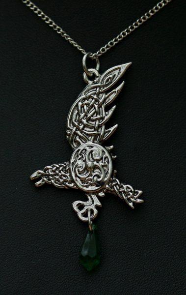 celtic-raven-pendant