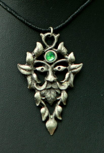 lord-forest-pendant