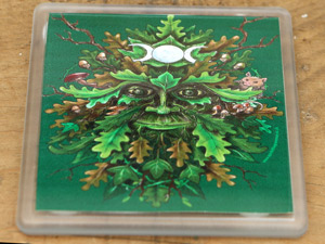 green-man-placemat