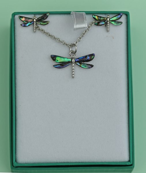 dragon-fly-pendant
