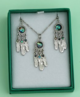 dream-catcher-necklace