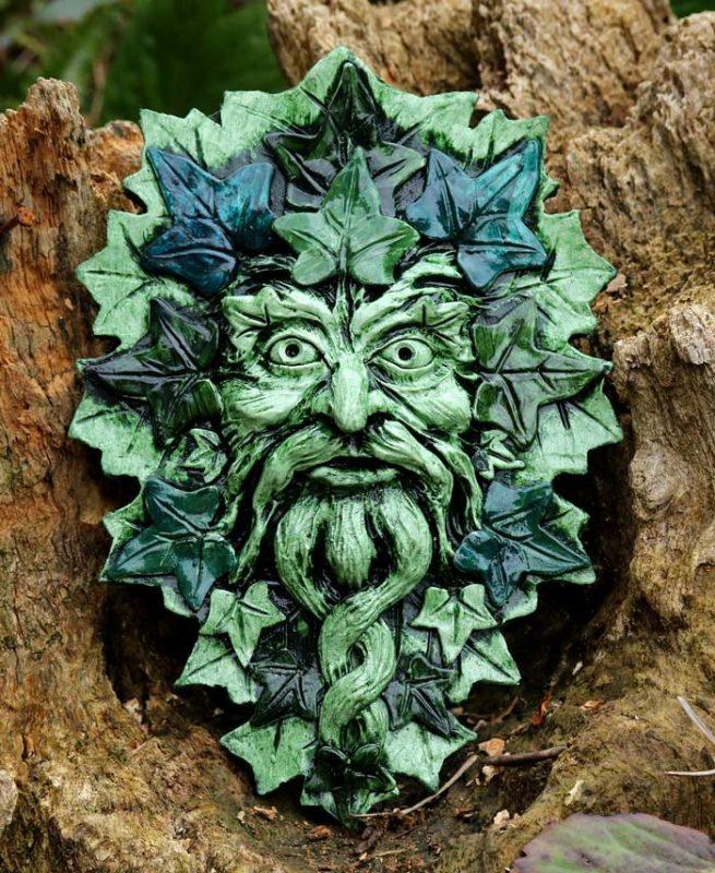brecknock-green-man-sculpture