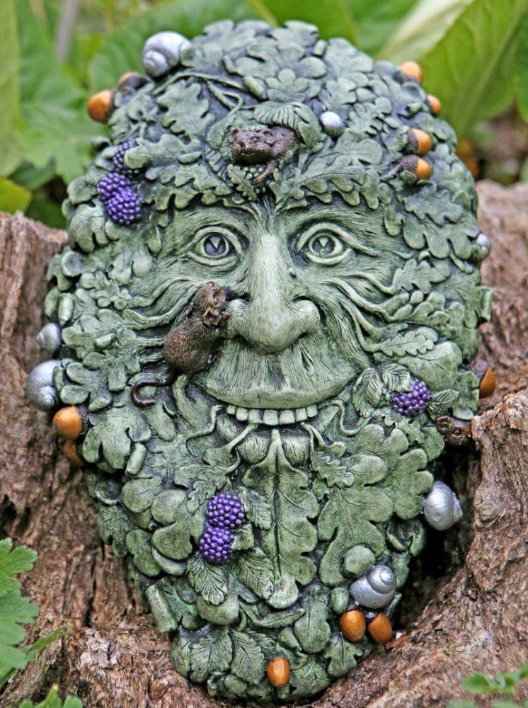 muin-forest-green-man