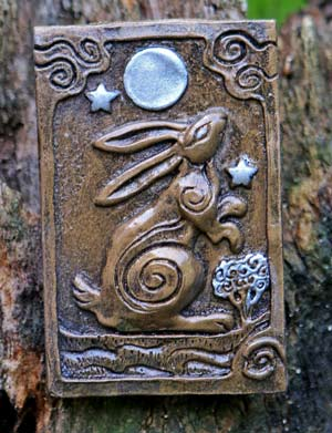 moon-gazy-plaque-by-kathleen-minton